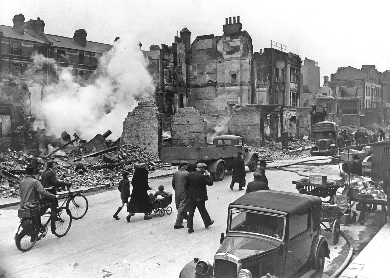 Rue de londres durant le blitz lors de la seconde guerre mondiale